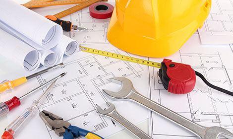 bouwtekening met gereedschap